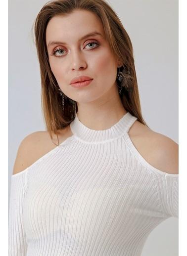 Jument Jasmine Omuzu Açık Triko Bluz Krem